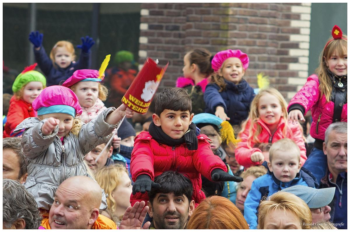 publiek bij aankomst Sinterklaas