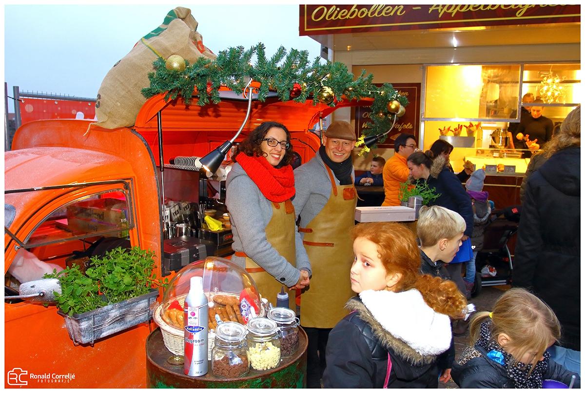 koffiekraam op kerstmarkt
