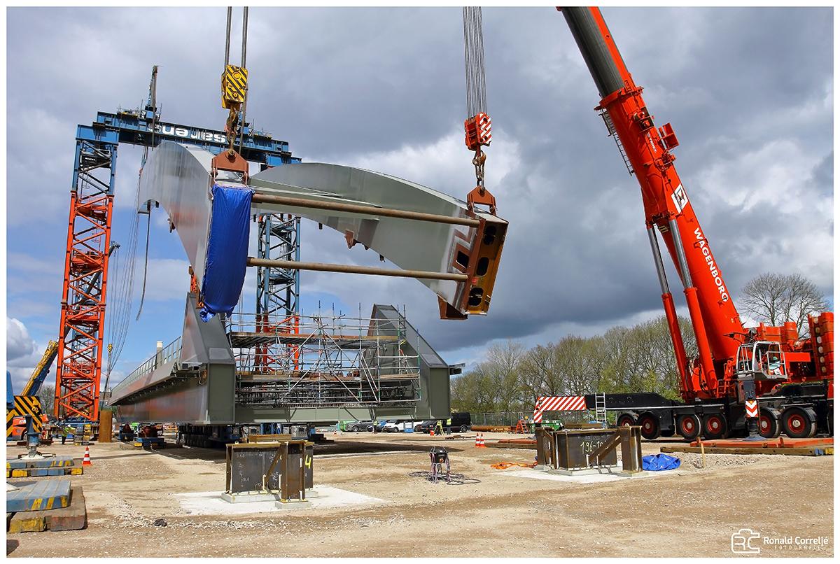 bouw van een spoorbrug