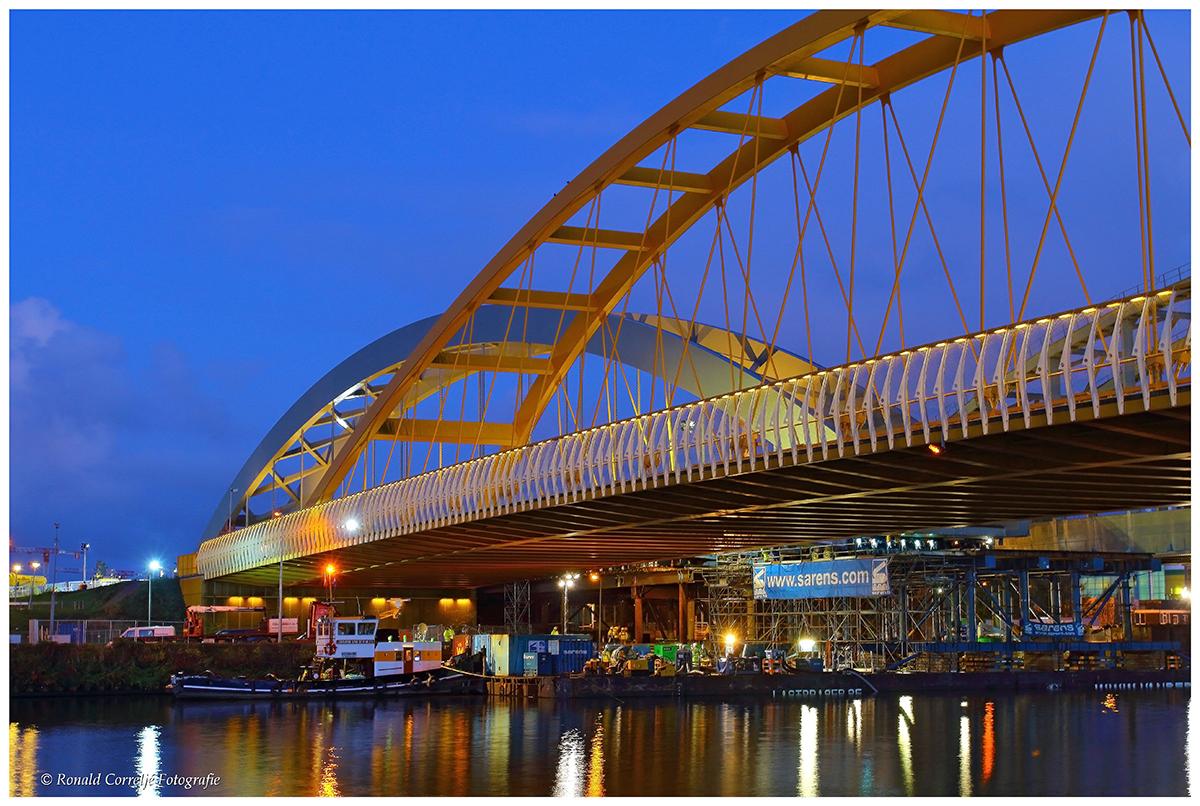 Transport stalen spoorbrug Utrecht
