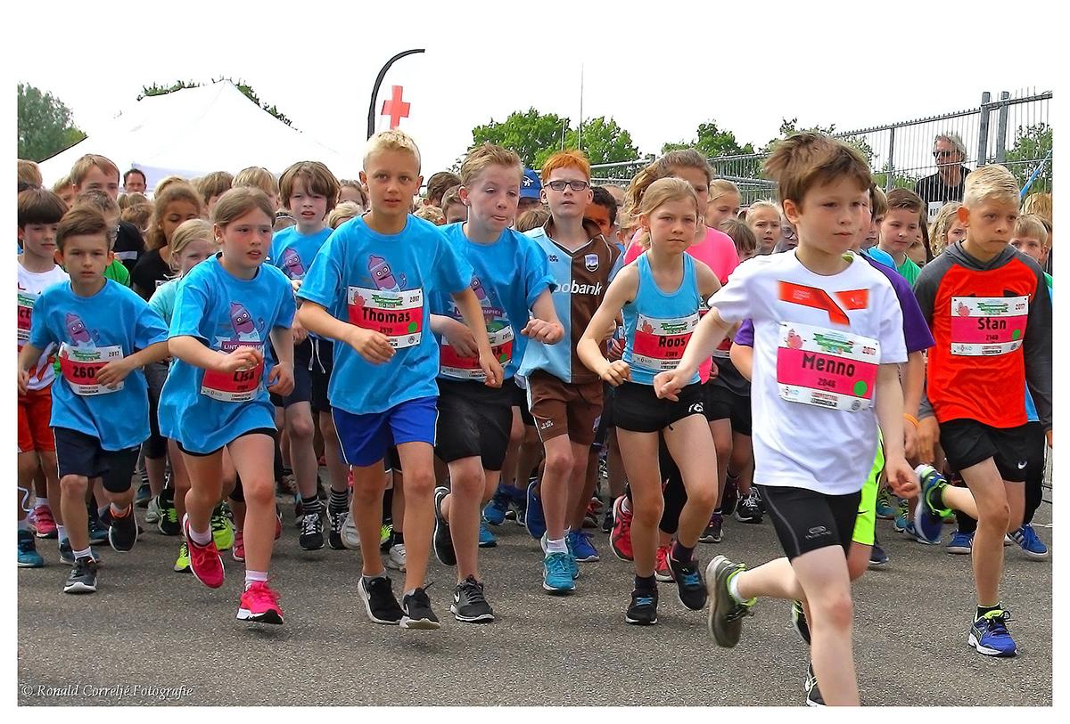 start hardloopwedstrijd voor kinderen