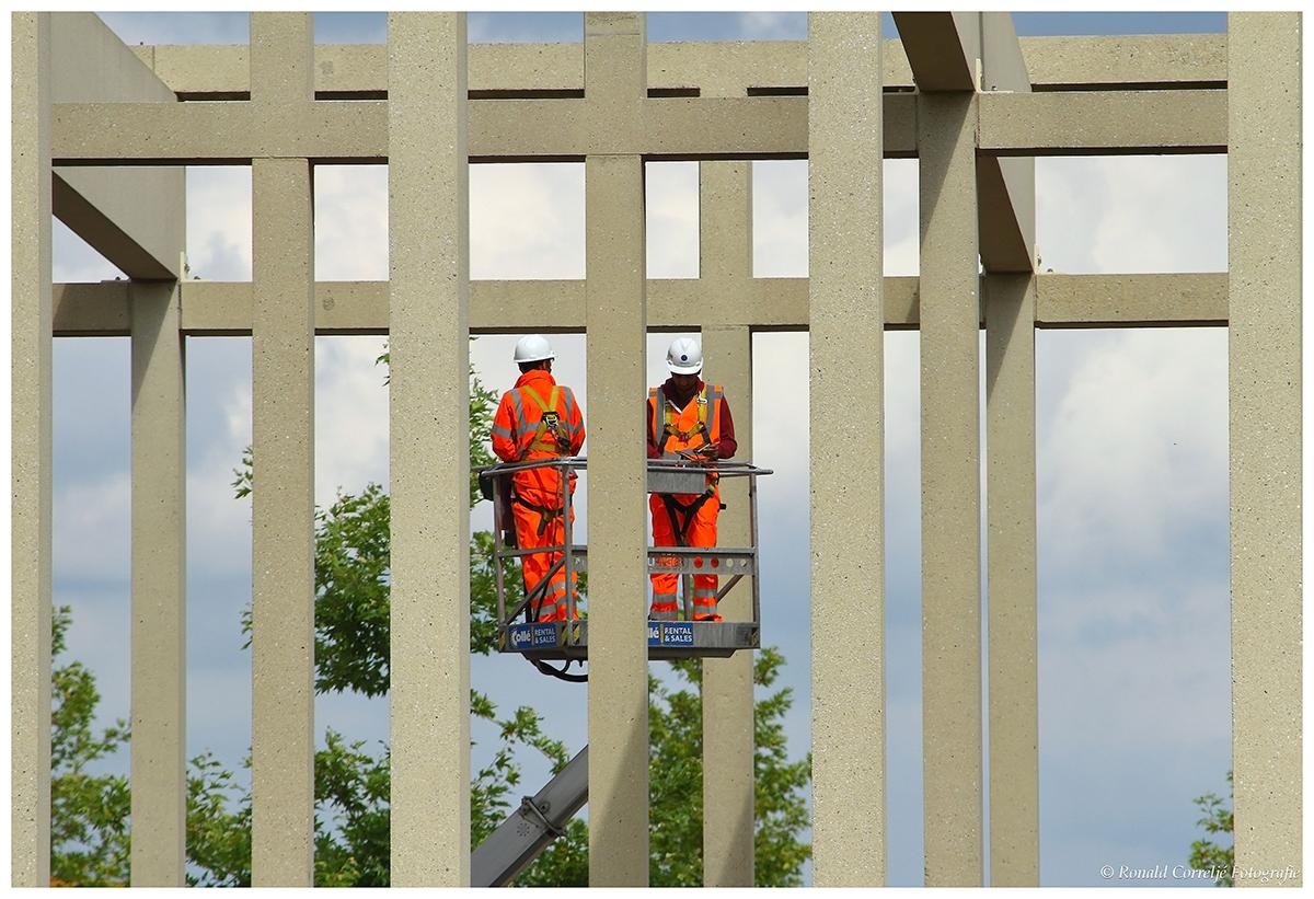 betoninspectie vanuit een hoogwerker