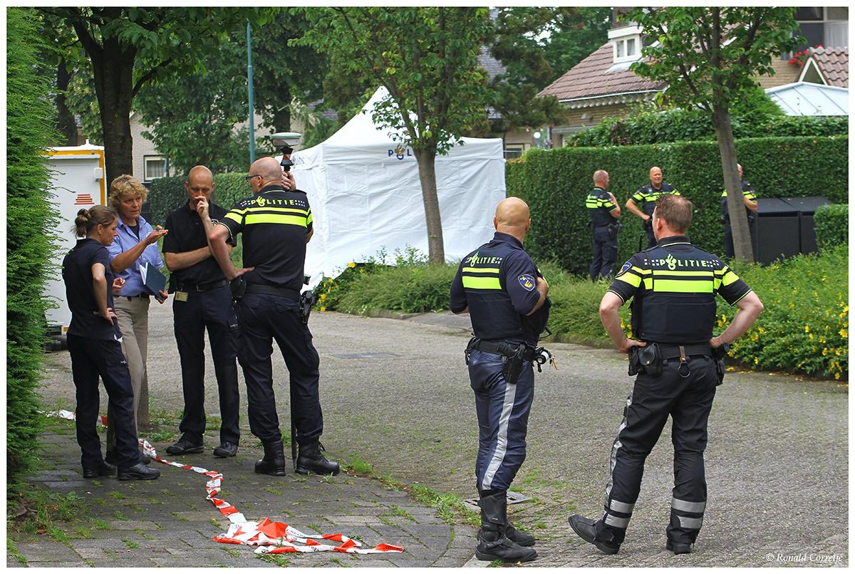 politie-onderzoek, dode in tent