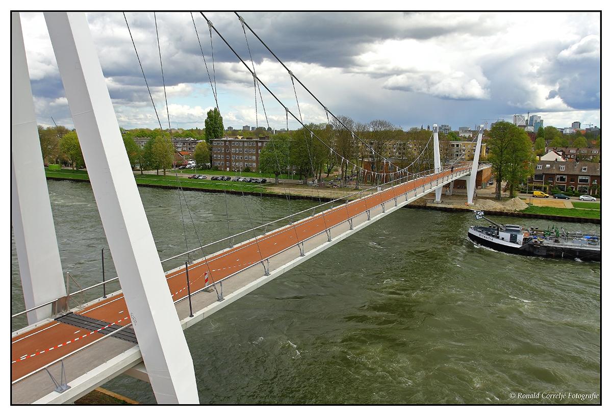 Dafne Schippersbrug van boven af gezien