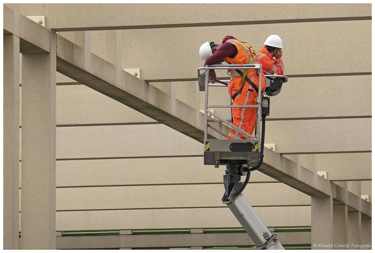 inspectie vanuit een hoogwerker
